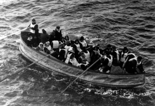 1200px titanic lifeboat