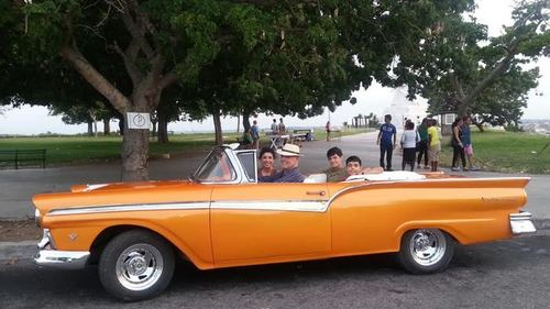 Lilia, Allan, David and Raphael Wall in a '57 Ford Fairlane Convertible in Havana.