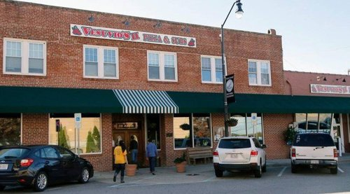 Vesuvio's Restaurant: There's zero chance that it will be raided for employing illegals, but Obama's Department of Labor wants to protect its illegal employees.