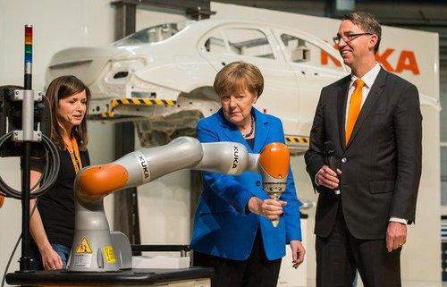 Germanymerkelvisitkukarobotifactory