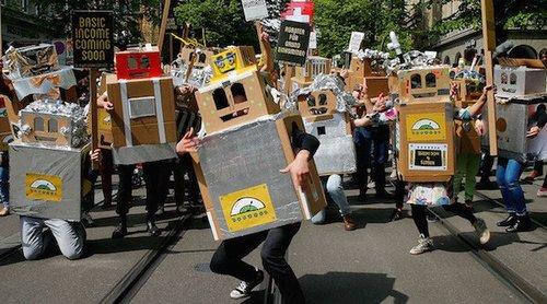 Zurichswissanti robotprotest rt