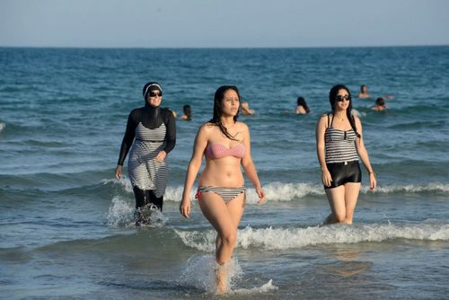 burkini.jpg.size.custom.crop.1086x725