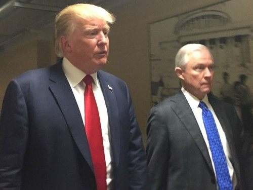 Trump sessions2 hahn 640x480