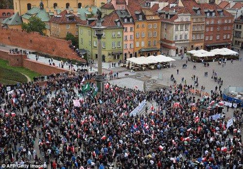 Warsawrefugeeprotest 500x347