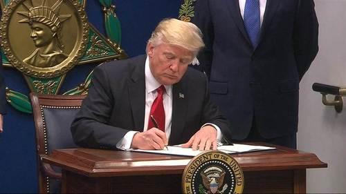 Trumpsigns