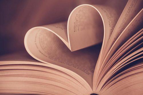 Bookoflove 1050x700