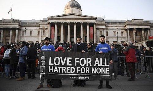 Londonattackvigillovesignmarch2017