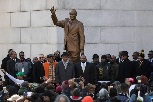 Still bigger than life d c unveils bronze statue honoring former mayor marion barry 1